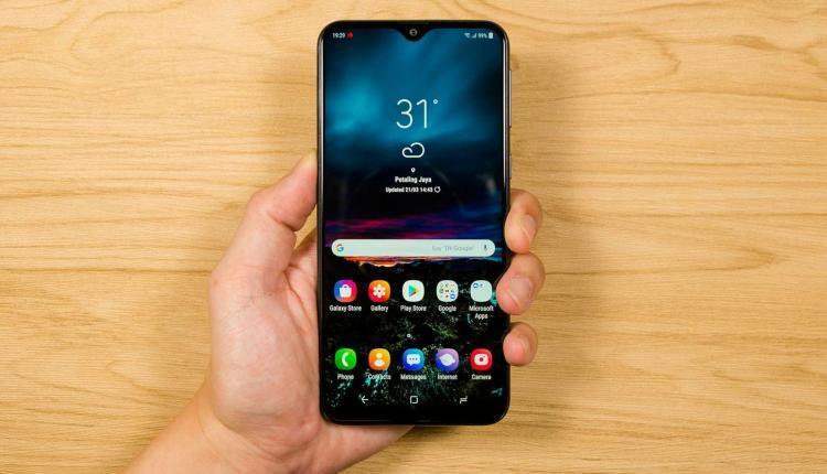 New Samsung Galaxy M20