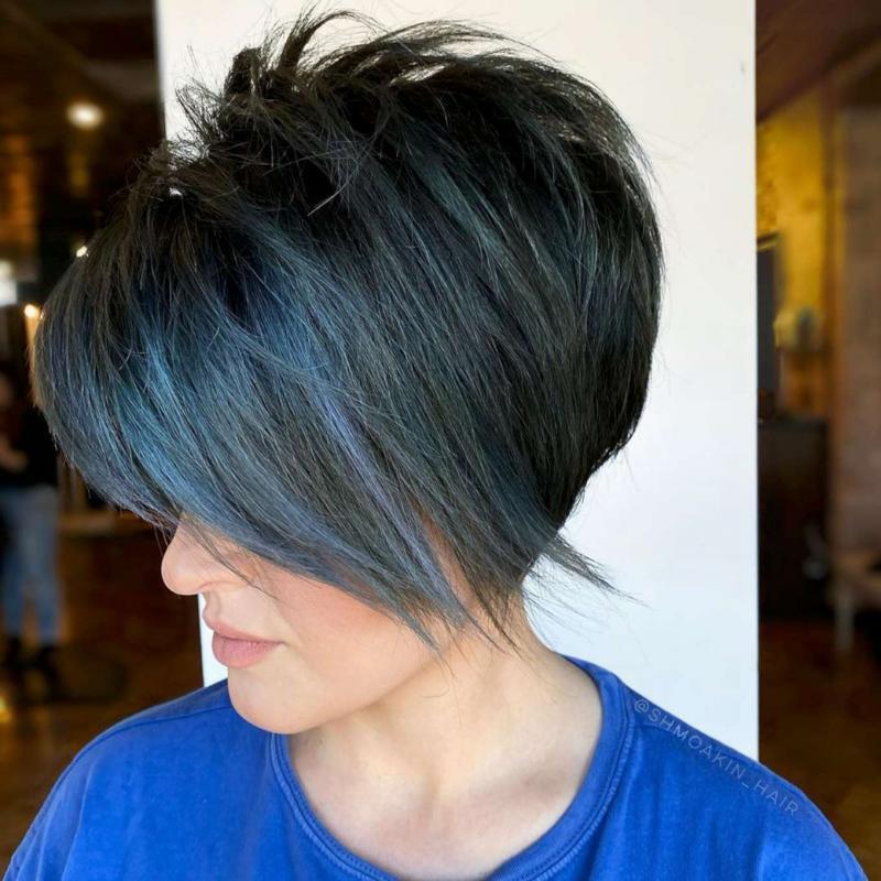 Olivia Turner Short Hairstyles – 3