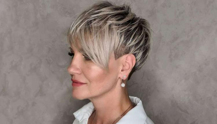 Samantha Davis Short Hairstyles