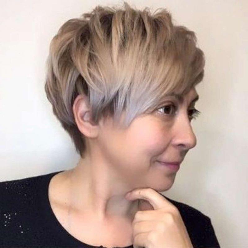 Ashlee Brooks Short Hairstyles - 2