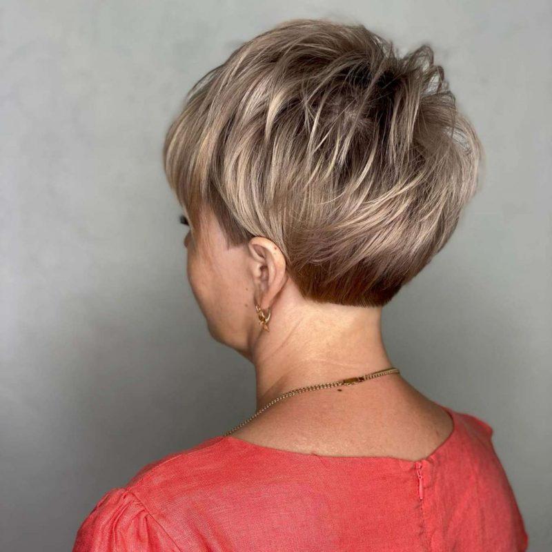 Alexandra Brown Short Hairstyles - 2
