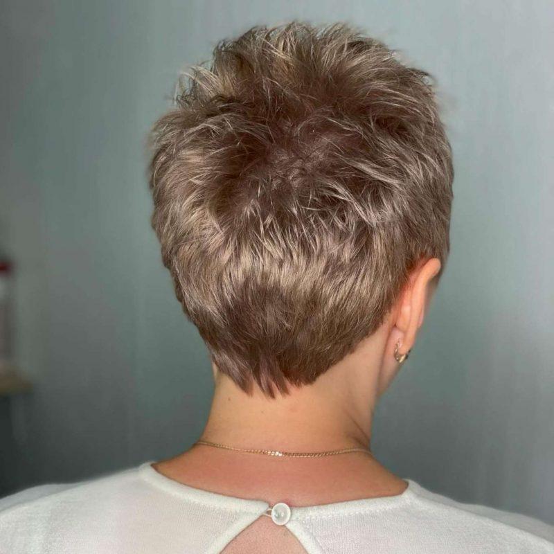 Amalia Martin Short Hairstyles - 4