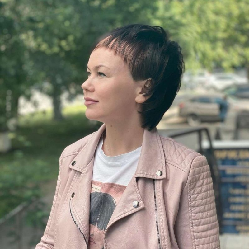 Justine Wilson Short Hairstyles – 3
